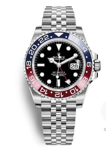 The red and blue bezel fitted on the black bezel make the watch look more fascinating.